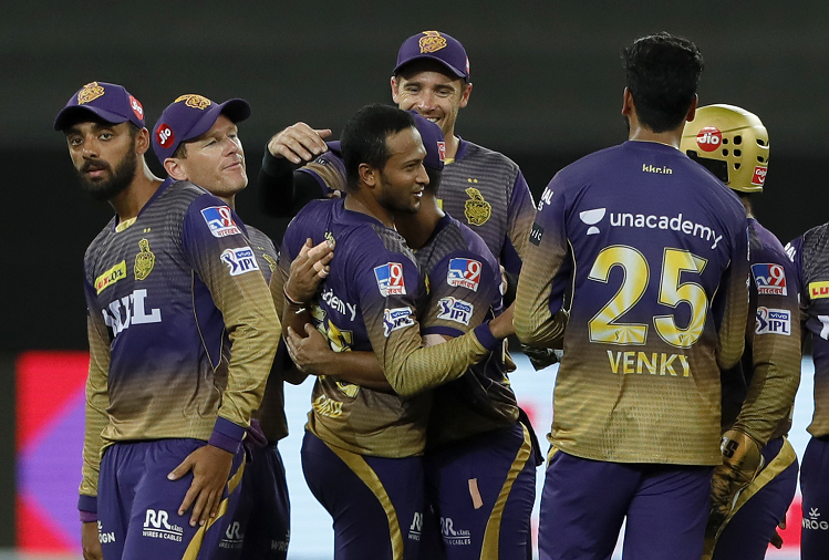 KKR v/s SRH : In the 49th match of IPL, KKR beat Sunrisers Hyderabad by 6 wickets to keep their hopes of reaching the playoffs, this batsman made Kolkata champions by playing a half-century innings?