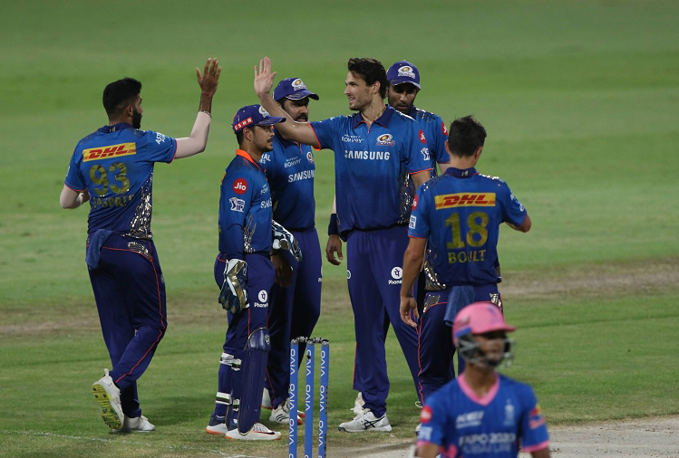 RRv/sMI : Rajasthan performed poorly in the crucial match reaching the playoffs, Rajasthan Royals could only score 90 runs for 9 wickets against Mumbai Indians, this Mumbai Indians bowler took 4 wickets