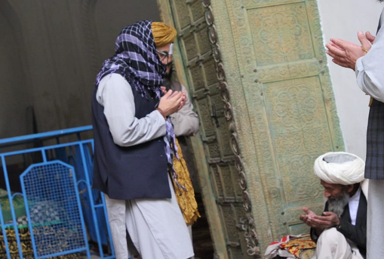 The Taliban praised the brutal Muslim ruler Mahmud Ghaznavi, who attacked the Somnath temple in Gujarat, Anas Haqqani of the Haqqani network visited the tomb of Ghaznavi and mentioned about the attack on the Somnath temple.