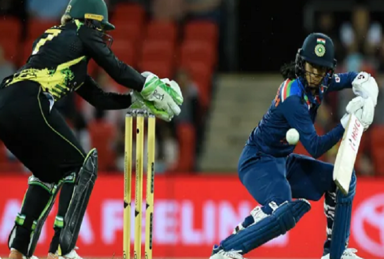 IND (W) v/s AUS (W) 1st T-20 : The first Twenty20 match between India and Australia was canceled due to rain, Team India scored 131 runs in 15.2 overs, Jemima Rodrigues played an explosive innings of 49 not out off 36 balls.