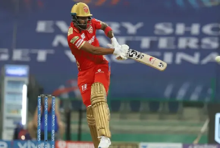 PBKS v/s CSK  : Chasing a target of 135 runs, Punjab Kings scored 46 runs for the loss of two wickets in 5 overs, captain KL Rahul is playing a flamboyant innings.