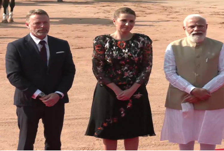 Denmark's PM Mette Frederiksen reached New Delhi on a three-day visit to India, visited Rashtrapati Bhavan with PM Modi, said - India is a very close partner of Denmark
