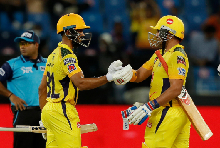 In the first qualifier match of IPL, Delhi gave a target of 173 runs to Chennai, Chennai scored 117 runs for three wickets in 14 overs.