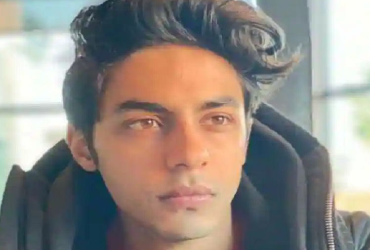 Aryan Khan will have to spend tonight in the Cruise Drugs Party case in Arthur Road Jail, no decision came in today's hearing in the drugs case, hearing will be held again tomorrow