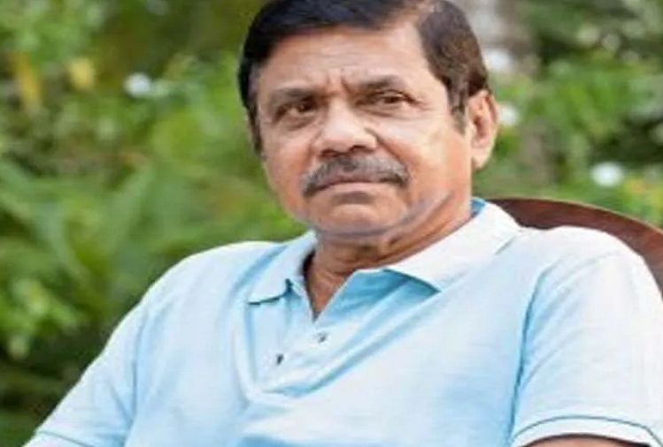Colombo : Bandula Varnapura, the first captain to captain in Test cricket for Sri Lanka, died at the age of 68, already showed the ball with the bat in the first Test