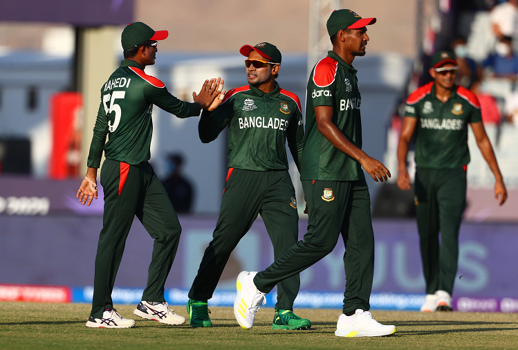 T-20 World Cup 2021 : Batting first, Bangladesh scored 181 runs against PNG, Papua New Guinea's 8 for 58 in reply.